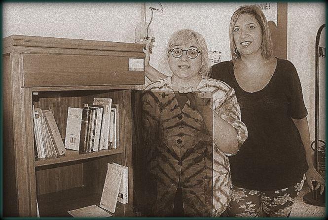 """Il Presidente Simonetta Sambiase e la nostra Gabriella Gianfelici, """"capo archivista"""" ufficiale addetta al Fondo librario"""